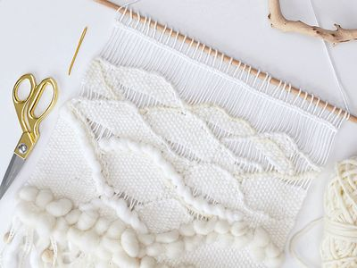 DIY | Weaving