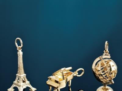 FB Jewels Ster/_14Ky Pair P Fleur-De-Lis Metal Fash Earrin