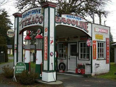 Old Garages & Gas Stations