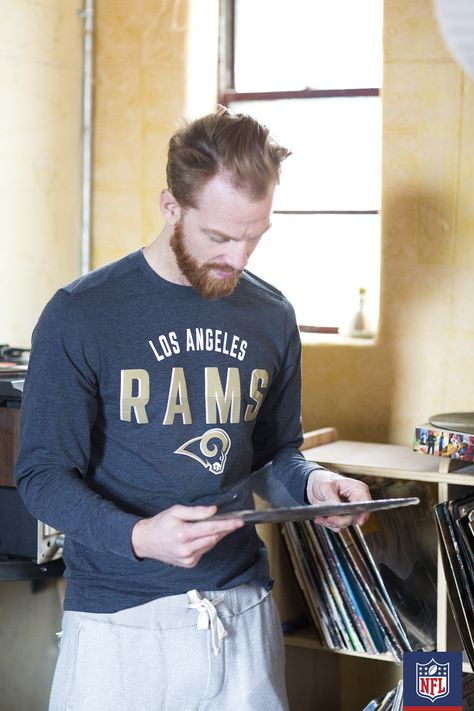 81b37804 Sweats and your Los Angeles Rams long sleeve t-shirt for a weekend ...