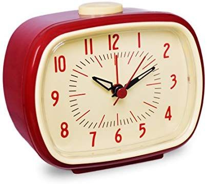 Amazon Com Slash Vintage Retro Old Fashioned Quiet Non Ticking Sweep Second Hand Quartz Analog Desk Clock Vintage Alarm Clocks Retro Clock Retro Alarm Clock