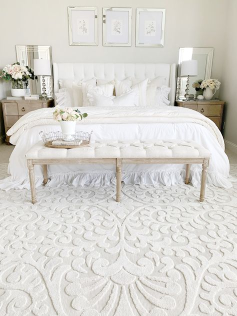 You can't travel through Texas without seeing drivers stop for a photo-op in a field of Bluebonnets. In this namesake rug, a beautiful floral pattern bursts to life in creamy natural on a beautiful gray canvas to grace both indoor and outdoor spaces. Stain-resistant and soft-to-the-touch, this elegant rug graces your home to make every day a Bluebonnet day.