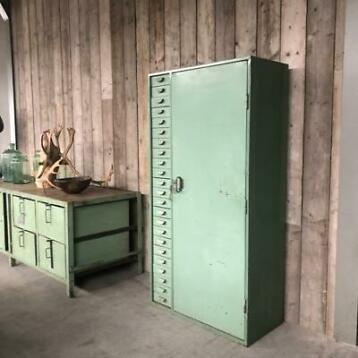 Kast Ladekast Werkplaats Werkbank Magazijn Vintage Oud