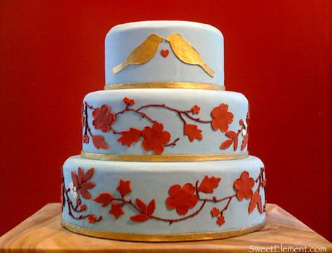 Color inspiration: A few blue wedding cakes