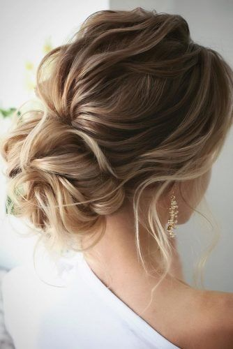 loose wedding hair Top Wedding Updos For Medium Hair wedding updos for medium hair romantic low updo on textured blonde hair lenabogucharskaya Braided Hairstyles Updo, Mohawk Updo, Wedding Hairstyles For Medium Hair, Up Dos For Medium Hair, Up Hairstyles, Medium Hair Styles, Curly Hair Styles, Hairstyle Ideas, Party Hairstyle