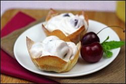 Mini cherry pies..  Easy Low Calorie Recipes: Snacks, Chicken, Desserts | Hungry Girl