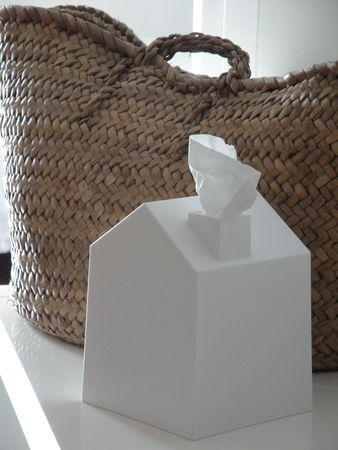 maison distributeur mouchoirs http://www.espritchampetre.fr/archives/2012/11/12/25560469.html