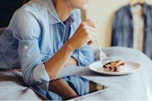 dejar de comer en exceso consejos