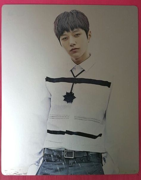 INFINITE F 靑 L MYUNGSOO Official Photo Card Ver A Photocard Myung Soo