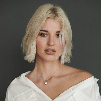 Sarah Grey Weight Height Net Worth Age Boyfriend Bra Bio Wiki Fact Sarah Gray Beauty Girl Cool Hairstyles