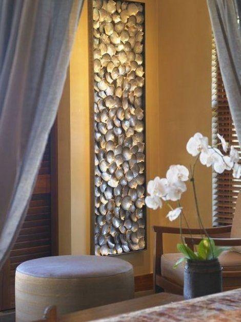 Tropenstil Schlafzimmer Mit Beigefarbenen W Nden Einrichten In Hawaii Easy Decorations Home Decor F Seashell Wall Decor Tall Wall Decor Seashell Wall Art