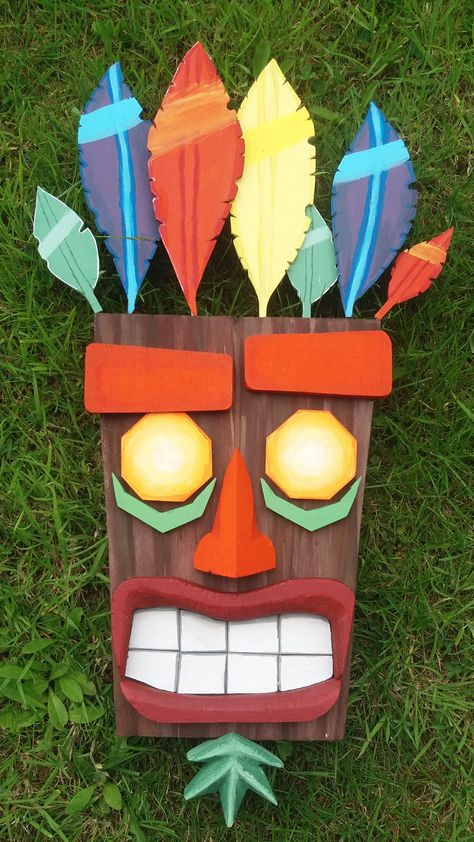 I made a wooden Aku Aku mask in celebration for the Crash Bandicoot N. Sane Trilogy.