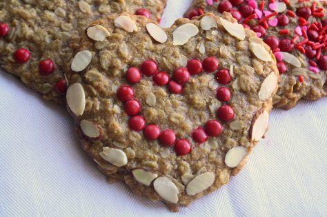 Valentine granola bars