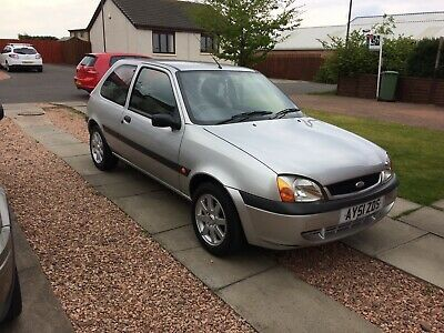 Ebay Ford Fiesta 1 25 Zetec 2001 Silver 3 Door Genuine 32 000 Miles Nice Condition In 2020 Classic Car Sales Classic Cars Cars For Sale