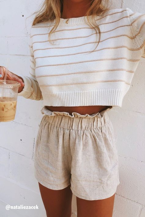 Fashion Dresses Tops Bottoms & Accessories 38 Beautiful Casual Summer Outfits Ideas You Must Try - spring summer fashion - linen shorts - white sweater Summer Work Outfits, Fall Outfits, Outfit Summer, Summertime Outfits, Summer Wardrobe, Spring School Outfits, Layered Summer Outfits, Casual Summer Outfits Shorts, Gray Outfits
