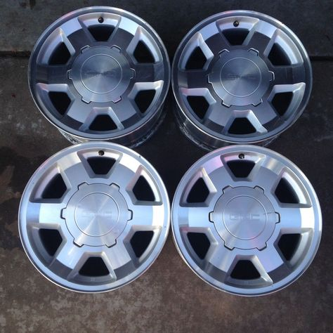 04 05 06 Set Of Four Wheels Rims Gmc Yukon Xl Sierra 1500 17 Inch