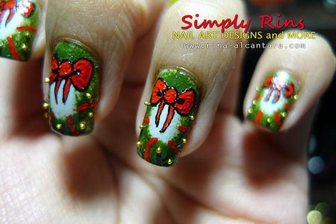 Wreath nail arta little out of my expertise but love it wreath nail arta little out of my expertise but love it holiday nails pinterest prinsesfo Image collections