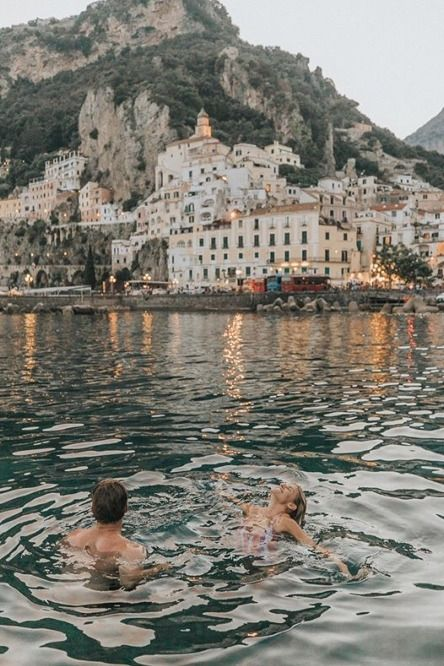 The Amalfi Coast in Italy is home to many beautiful beaches including Marina Grande Beach. Marina Grande is easily recognizable from the colorful umbrellas on the beach. The Amalfi Coast is a popular…More Beautiful Places To Travel, Beautiful Beaches, Romantic Travel, Amalfi Coast Italy, Amalfi Coast Beaches, Voyage Europe, Destination Voyage, Photos Voyages, Travel Aesthetic