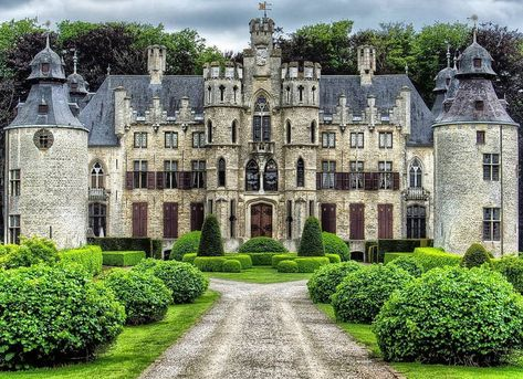 (4) Castles, Cathedrals, Country Houses - Posts