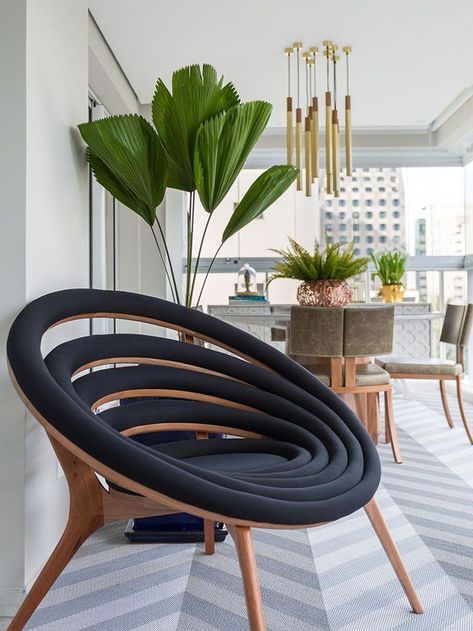 Nice 48 Beautiful Classic Chair Designs Ideas. More at https://homyfeed.com/2018/08/28/48-beautiful-classic-chair-designs-ideas/
