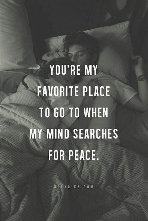 Hase...ich möchte jetzt so gerne bei dir im Arm liegen und falls es deine Frage war, möchte ich sie persönich von dir hören...das wäre schön...<3<3<3 Hase ich liebe dich, bleibe immer bei dir und möchte dich glücklich machen<3<3<3 du hast mir heute extrem gefehlt, wirst mir morgen wieder sehr fehlen... am Fr. habe ich wieder den Kopf frei...mir fallen die Augen zu mein Hase...ich möchte dich küssen :-***** ICH LIEBE DICH UNENDLICH <3<3<3 schlaf schön und bis morgen...