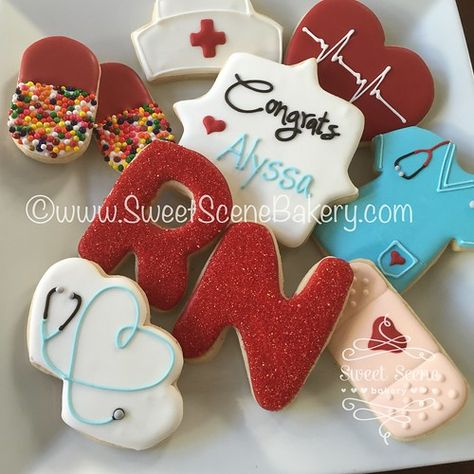 Ideas Medical Doctor Graduation Nurse Cakes Ideas Medical Doctor Graduation Nurse Cakes - Medical Theme Chocolate Covered Pretzel Rods Red or Pink Nurse Theme Graduation/End of School Party Ideas Nurse Cookies, Iced Cookies, Royal Icing Cookies, Sugar Cookies, Nurse Cupcakes, Nurse Grad Parties, Nurse Party, Mini Tortillas, Graduation Cookies