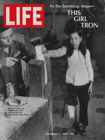 Life Magazine November 8 1968 Vietnam War Victim This Girl Tron Life Magazine Covers Life Magazine Life Cover