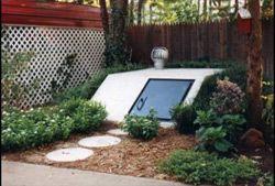 Great landscape idea for the backyard.