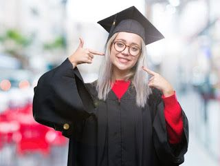 صور عبايات تخرج 2019 اجمل ارواب حفل التخرج Graduation Gown Photo Fashion