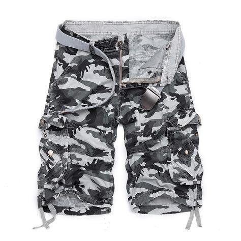 20a09b4e97 Encontrar Más Casual Pantalones cortos Información acerca de Camuflaje  Loose Cargo Shorts hombre Cool Camo verano Pantalones cortos de la venta  caliente ...