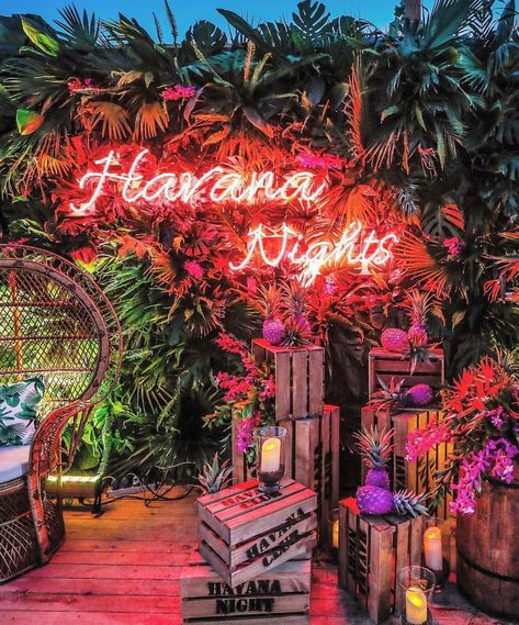 Havana Night Neon Sign- We love a well thought out theme here at Like this themed party by . Havana Nights Party Theme, Cuban Party Theme, Latin Party, Pool Party Themes, Tropical Theme Parties, 18th Party Themes, Summer Party Themes, Summer Pool Party, Party Ideas