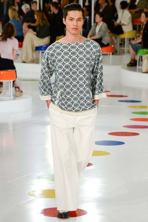 Chanel Unveils Resort 2016 Collection in Seoul, Korea