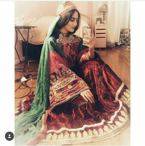 820 Beautiful Pins Ideas In 2021 Iranian Girl Persian Girls Beautiful