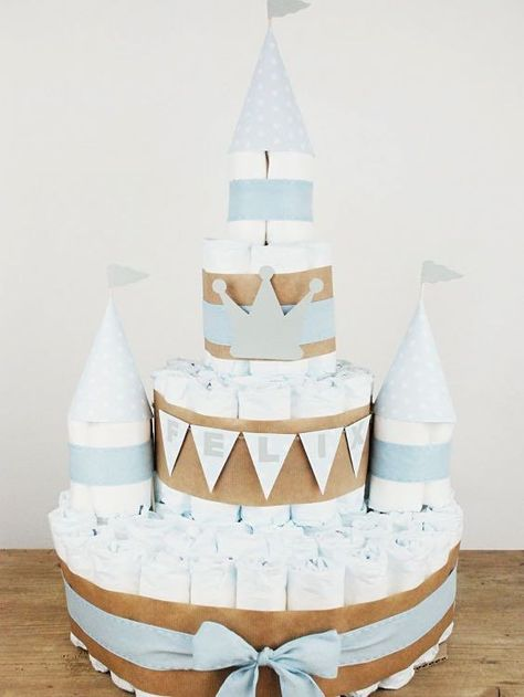 Tutoriel DIY: Faire un gâteau de couches en forme de château via DaWanda.com