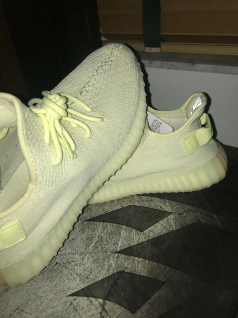 e4062112c Mens adidas yeezy boost 350 v2 butter size 9.5 Authentic  fashion  clothing   shoes
