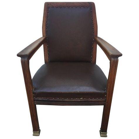 Antieke Lounge Stoel.Belgian Walnut Art Nouveau Lounge Chair Manner Of Henri Van De