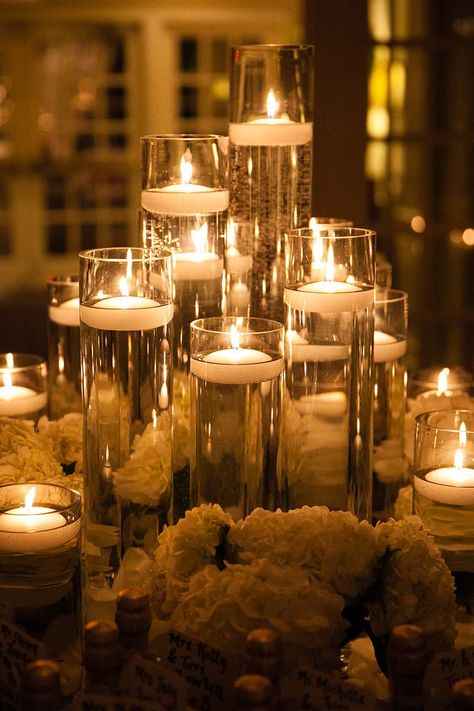 Gorgeous candlelight from Elegant Effects in Floral Design