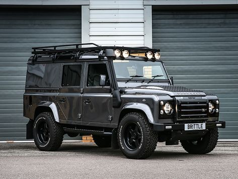 DEFENDER TWISTED P6 PERFORMANCE LIMITED EDITION 110 XS UTILITY WAGON (2015 MY) - Brittle Motor Group