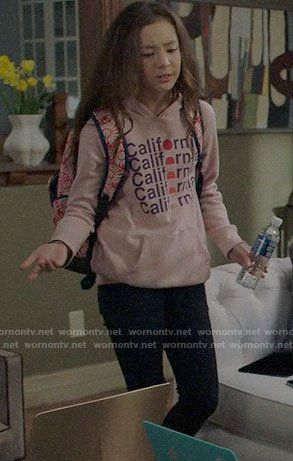 Lily S California Graphic Hoodie On Modern Family In 2020 Modern Family Modern Family Lily Modern Family Quotes