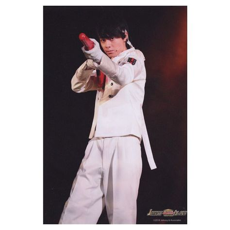@r.sakuuu - Instagram:「. ステフォ神すぎた( i _ i ) 完売おめでとう㊗️💜 ライフルかっこいい( i _ i ) さくちゃんになら撃たれてもいいです。🥰 #hihijets #作間龍斗 #さくちゃん⛸💜」