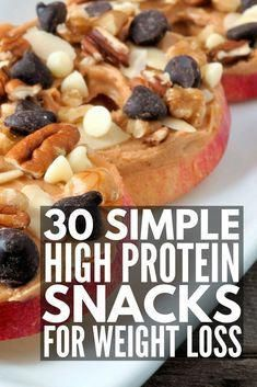 30 High Protein Snacks for Weight Loss Whether you're looking for healthy, low carb breakfast on the go ideas, need 100 calorie snacks to help you lose weight, or need easy, porta Low Fat Snacks, 100 Calorie Snacks, Healthy Protein Snacks, Weight Loss Snacks, High Protein Snacks On The Go, Protein Foods, Low Carb Snack Ideas, On The Go Snacks, Nutritious Snacks