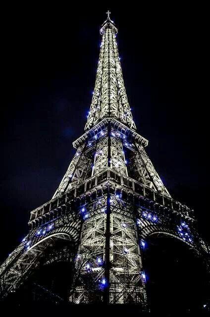 Eiffel tower in blue light Eiffel Tower Pinterest Eiffel