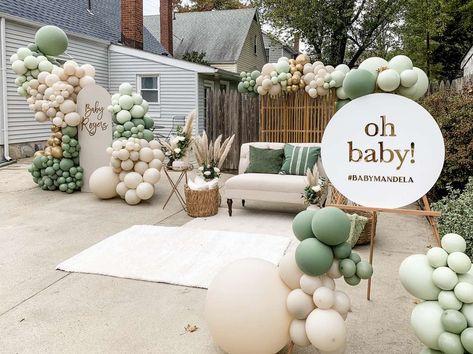 Boho Baby Shower, Baby Shower Themes Neutral, Baby Shower Backdrop, Elegant Baby Shower, Baby Shower Balloons, Baby Shower Gender Reveal, Baby Boy Shower, Baby Shower Green, Shower Party