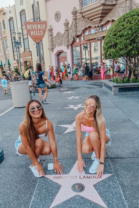 Your Guide To Universal Studios Orlando - Travel Orlando - Ideas of Travel Orlando - Our Guide to Universal Studios Orlando Tripping With My Bff Universal Studios, Universal Orlando, Cute Disney Pictures, Cute Friend Pictures, Best Friend Pictures, Friend Pics, Bff Pics, Cute Photos, Orlando Travel