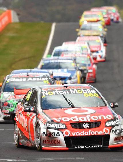Craig Lowndes Team Vodafone V8 Supercars Bathurst 1000 In 2020 Super Cars V8 Supercars V8 Supercars Australia