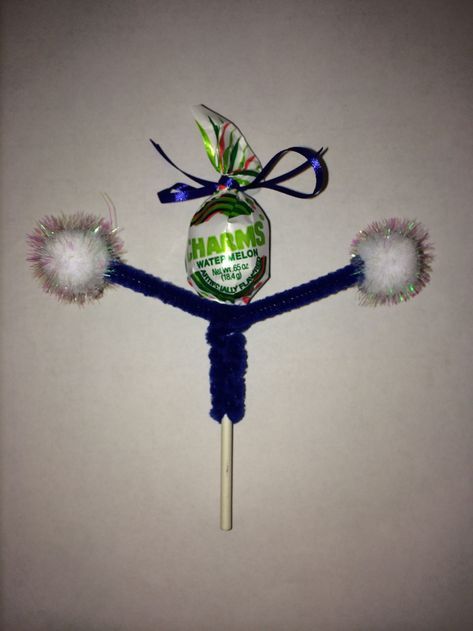 17 Best images about Christmas Cheerleading Treats, Cheer Snacks, Cheer Treats, Cheerleaders, Cheer Team Gifts, Team Snacks, Cheer Camp, Football Cheer, Cheer Coaches
