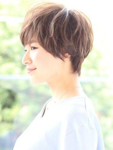 ショートヘア50代面長さんに人気のパーマスタイルの髪型10選 髪型