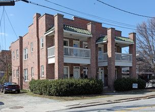 109 Cedar St Apartments Greensboro Nc Apartments For Rent Apartments For Rent Apartment Prices Cedar