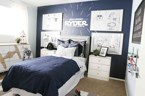 30 Sports Themed Bedroom Decor Boy Bedroom Design Star Wars Bedroom Decor Young Mans Bedroom
