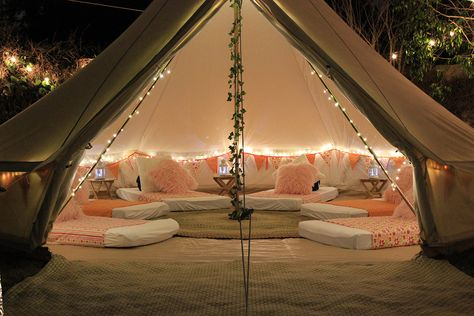 SleepOver, Slumber Party and Glamping - Los Angeles & Orange County WonderTent Parties — Glamping at home Birthday Sleepover Ideas, Sleepover Room, Sleepover Activities, Birthday Party For Teens, Slumber Parties, Slumber Party Ideas, Girl Parties, 18th Birthday Party, Camping Parties
